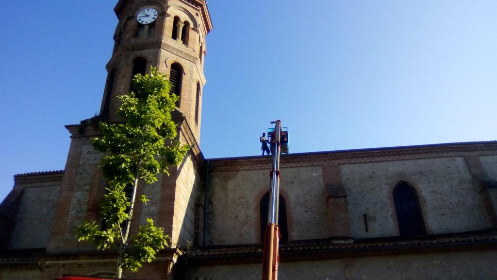 Travaux sur le toit de l'église